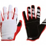 answer_glove_red
