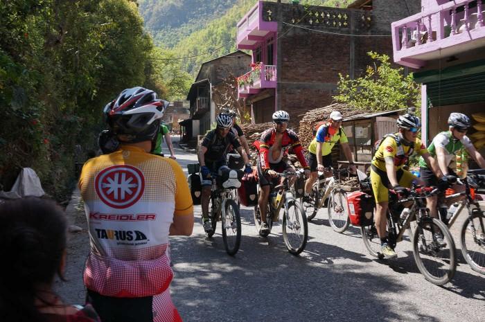 Annapurna Kreidler Test Challenge 2014 02 (fot. united-cyclists.com)